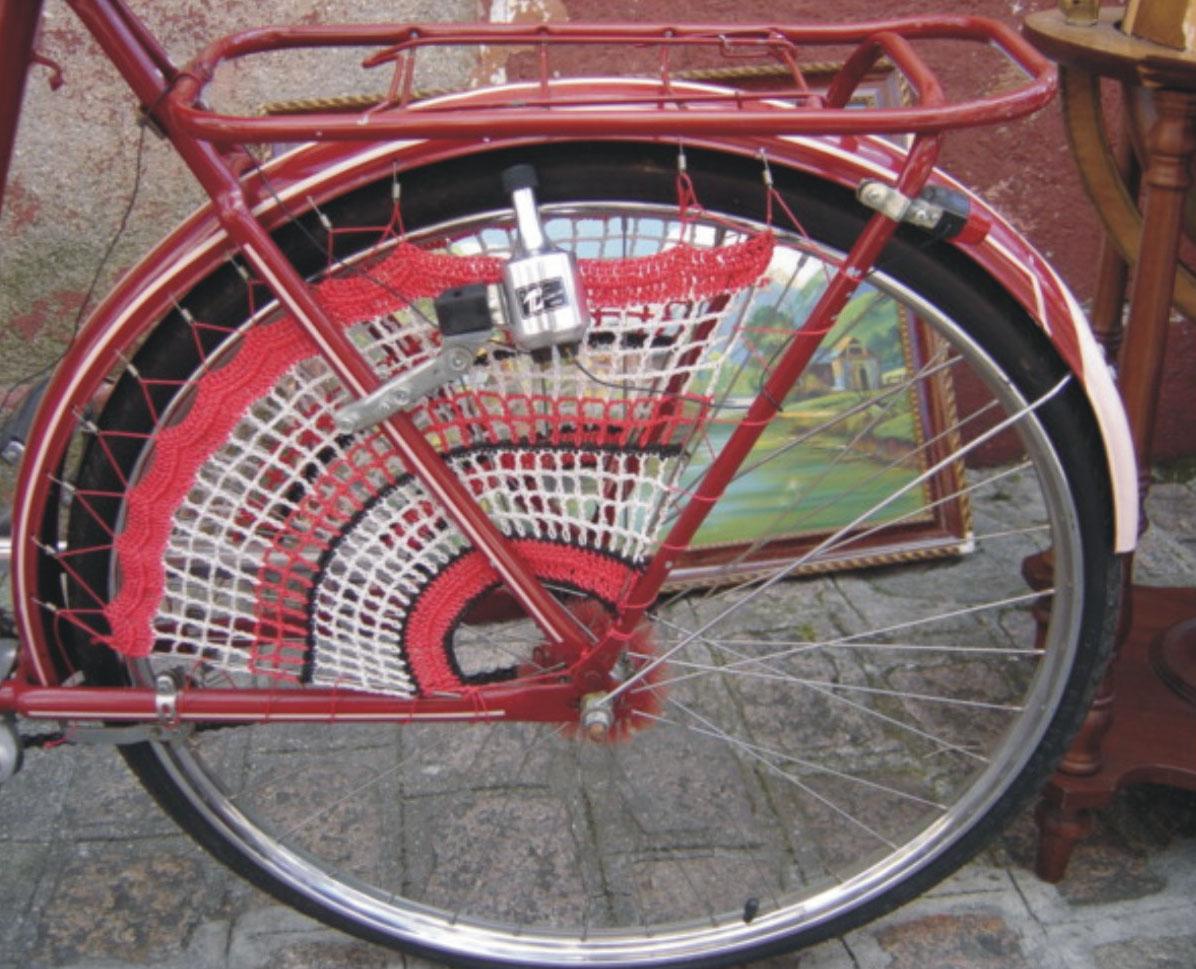 Guarda bicicletas armario bicicletas los diseadores de - Armarios para bicicletas ...
