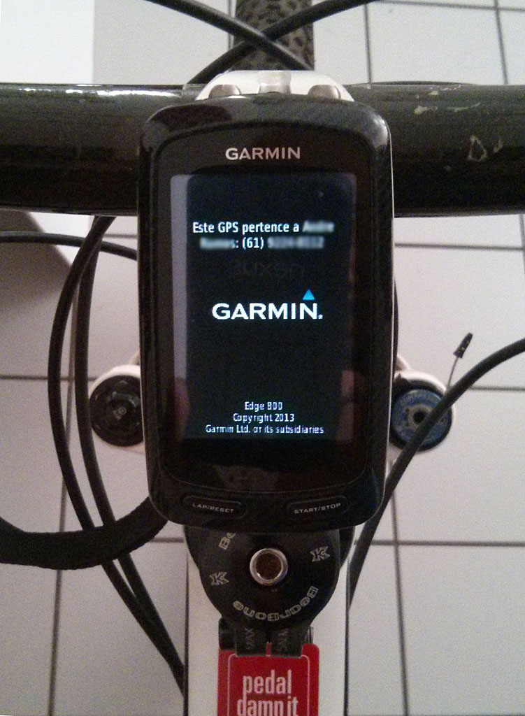 Como inserir seu nome e telefone no display do Garmin Edge