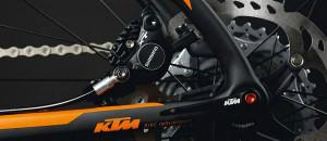 Catálogo da linha 2015 da marca austríaca KTM Bikes