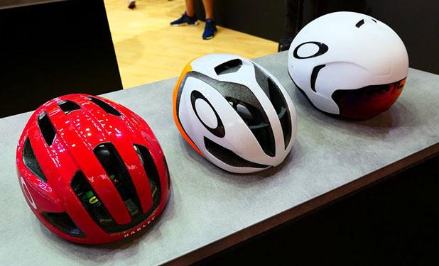 ad98278b0f920 Oakley entra no mercado de capacetes para ciclismo