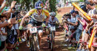 118c186eac28e Bollé lança edição limitada de óculos inspirada no Giro d Italia ...